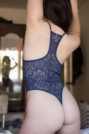 Genna outcall escort in McNair Virginia