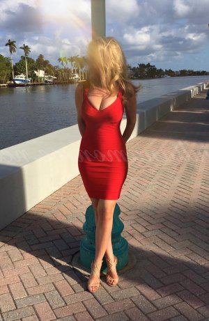 Viviana independent escort